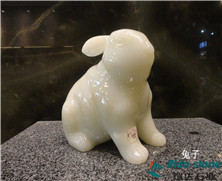 天然玉石:兔子