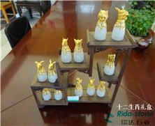 天然玉石:十二生肖礼盒